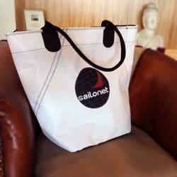 Shopping-Tasche mit Reißverschluss